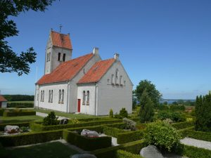 roejleskov kirke i farver
