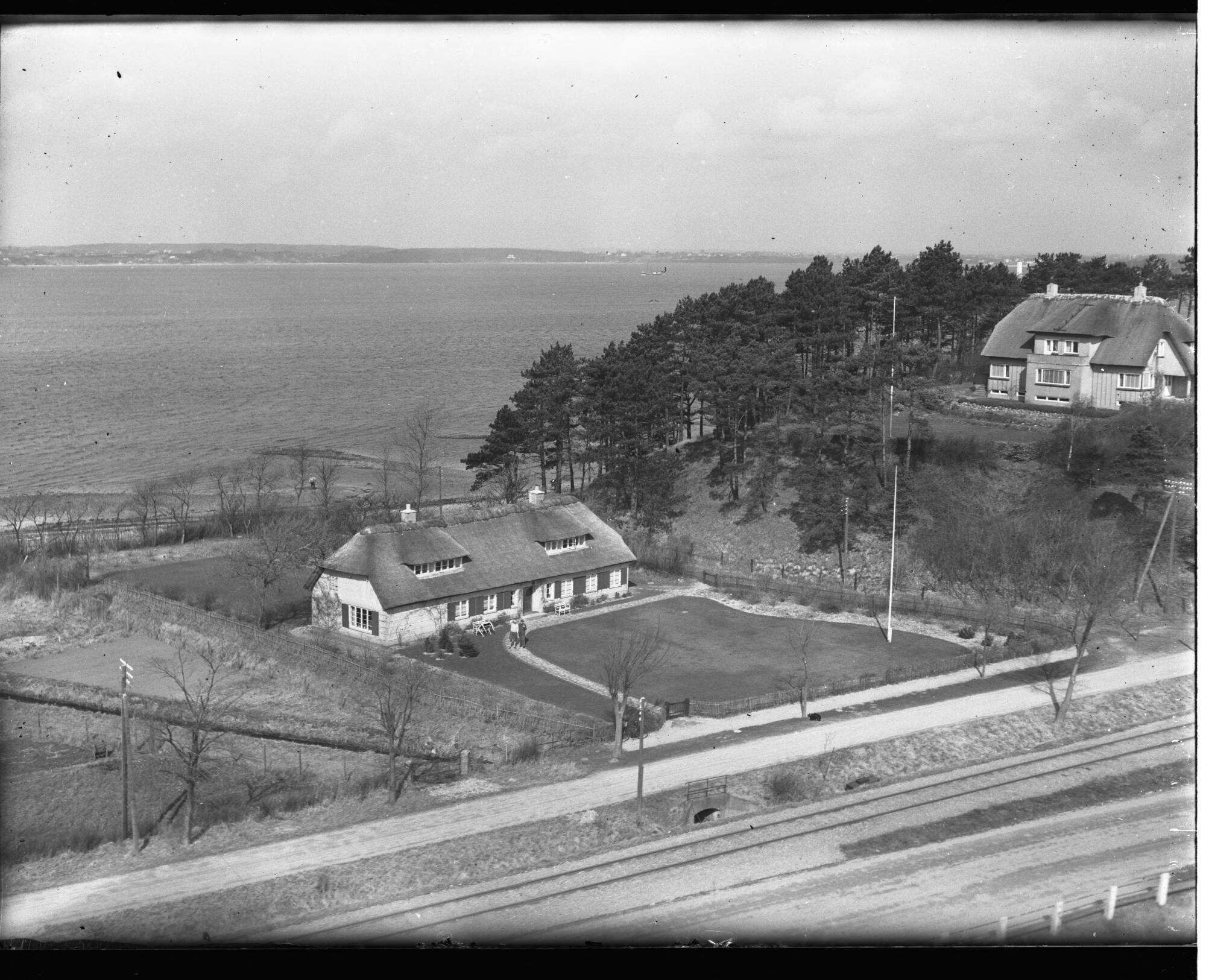 Resterne af Rudbæksmøllegård 1951. Nedrevet.